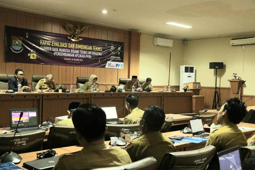 Rapat Evaluasi & Bimtek PPID